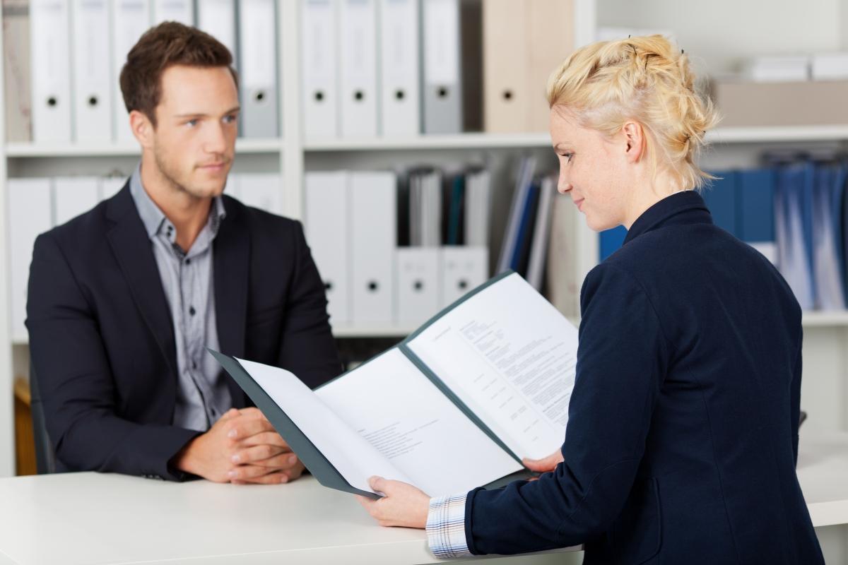 Срочный трудовой договор для помошника адвоката
