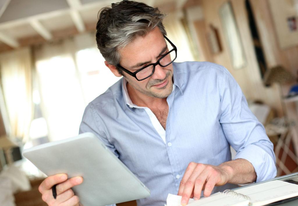 Как пожаловаться на бывшего работодателя в налоговую