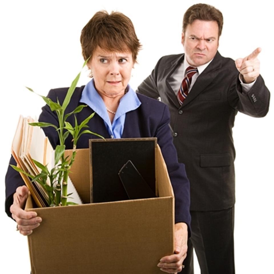 Вышла на пенсию по выслуге могу уволиться без отработки